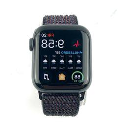 Apple Watch Series 4 44 mm Space Gray Aluminum Case with Bla